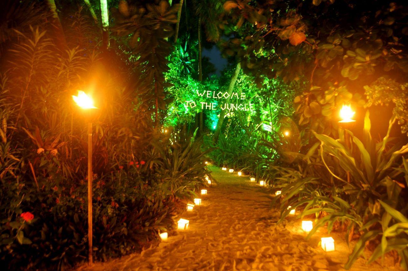 Wedding In Maldives Jungle Theme 2link Events 2 De Plan V De Plan V